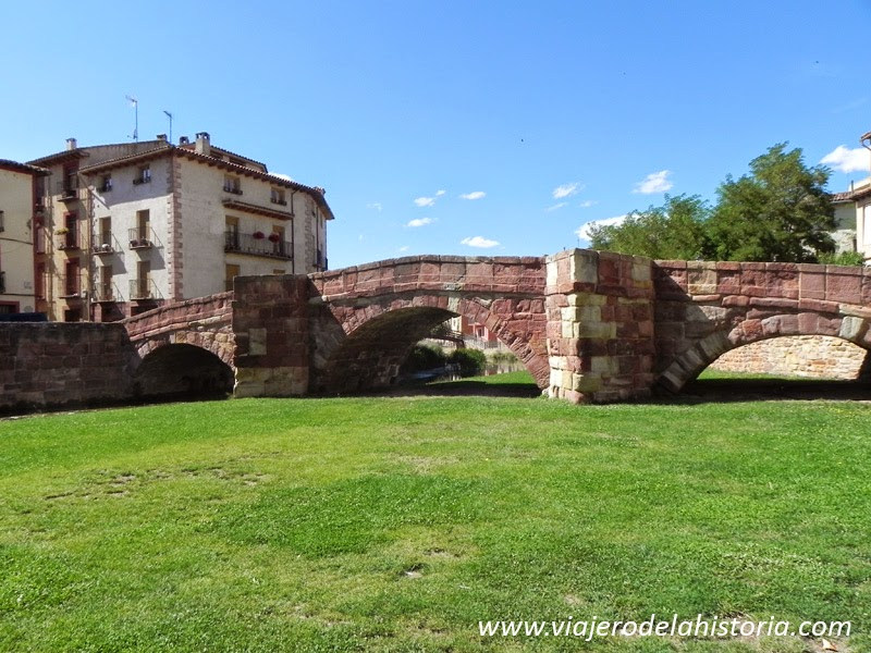 imagen del puente románico, Molina de Aragón, Guadalajara