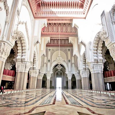 Imagen del interior de la mezquita de Hassan II, Casablanca, Marruecos