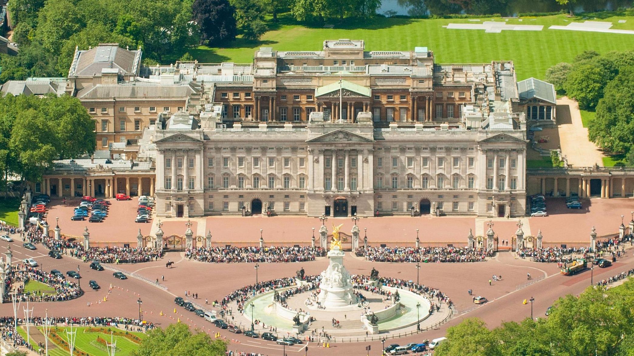 imagen de vista aérea del Palacio de Buckingham, Londres, Inglaterra